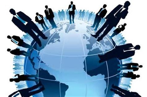 THE EFFECTS OF ORGANIZATIONAL STRUCTURE ON